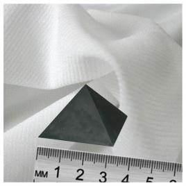 Pyramide de shungite brute (3cm)
